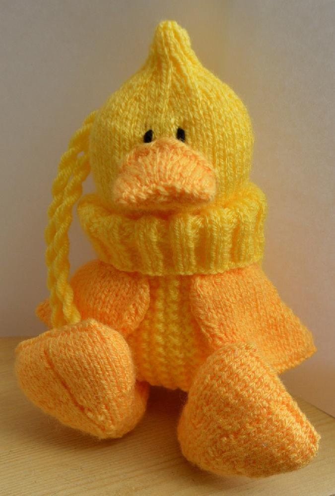 Quacky baggles easter gift bag big easter eggs knitting quacky baggles duck easter bag knitting pattern is the perfect project ready for a big easter negle Gallery