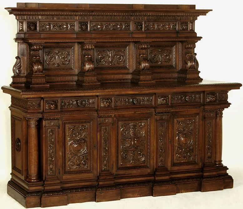 grand renaissance style walnut buffet italy circa 1890 39 s mobilier italien pinterest. Black Bedroom Furniture Sets. Home Design Ideas