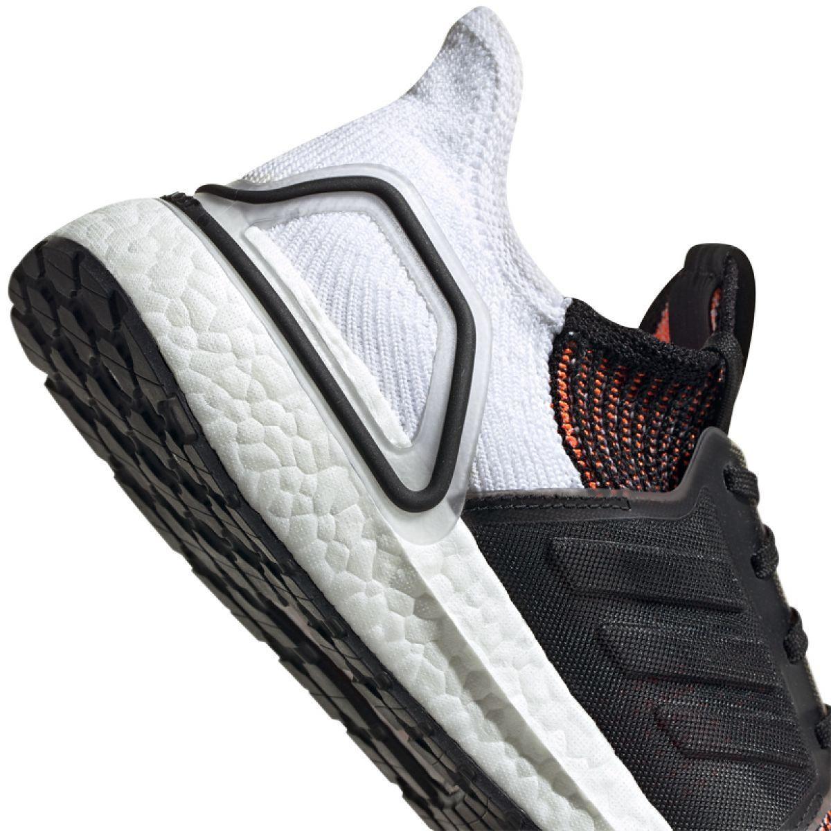 Treningowe Bieganie Sport Innamarka Wielokolorowe Buty Biegowe Adidas Ultraboost 19 M M Black Running Shoes Adidas Ultra Boost Adidas Running Shoes
