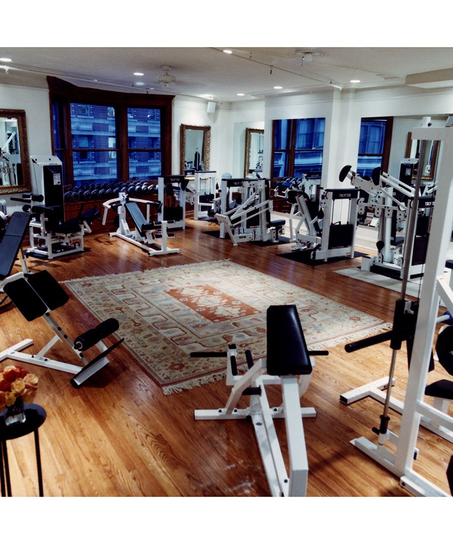 The Most Expensive Luxury Gyms In The U S Dujour Luxury Gym Home Design Floor Plans Dream Home Gym