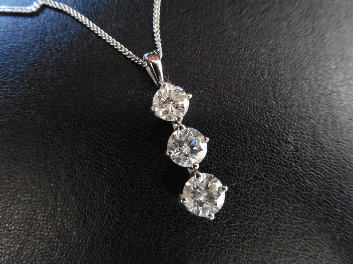 Diamond trilogy pendant 125 ct diamond currently at the catawiki auctions diamond trilogy pendant 125 ct audiocablefo