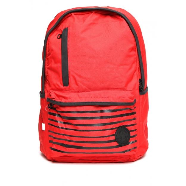mochila roja converse