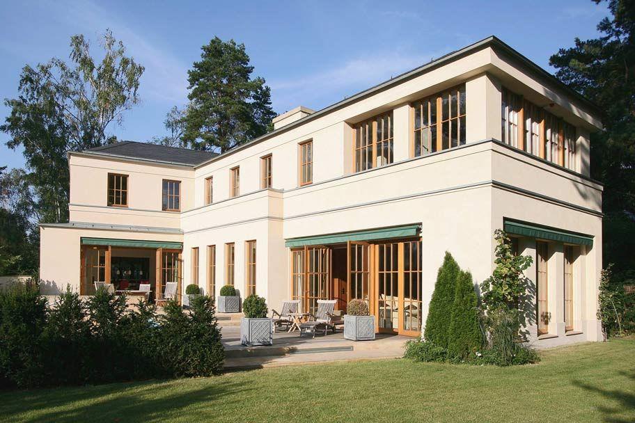 english inspired domizil mit landhausflair neubau einer villa im englischen landhausstil. Black Bedroom Furniture Sets. Home Design Ideas