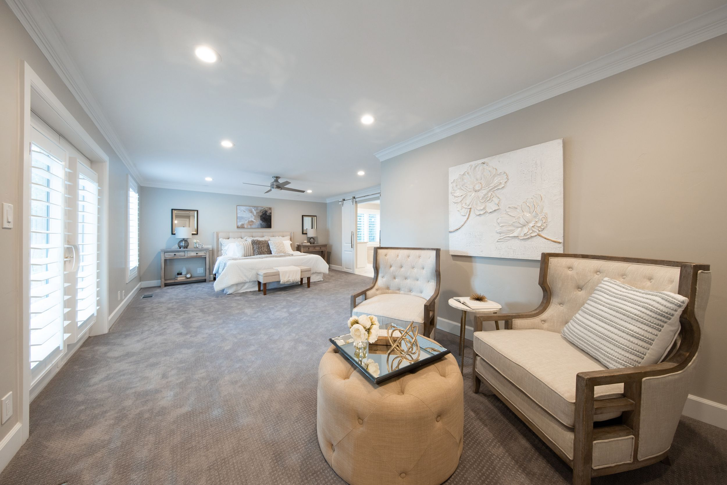 This home has been meticulously updated with a new 50 year warranty roof, new plumbing pipes, new heating system, and new sprinkler system. #WindermereUtah #RealEstate #UtahHomes #HomesForSale #Bedroom #MasterBedroom #DreamHome #LuxuryHomes #Luxury #DreamHome #InteriorDesign #InteriorDecor #Interiors #Bed #SittingArea