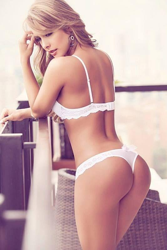 Sexy hot white ass