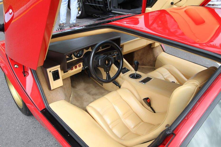 Lovely Lamborghini Countach Interior