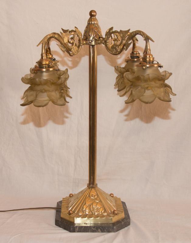 Grande lampe de salon époque Art Nouveau , 1900 | Needful ...
