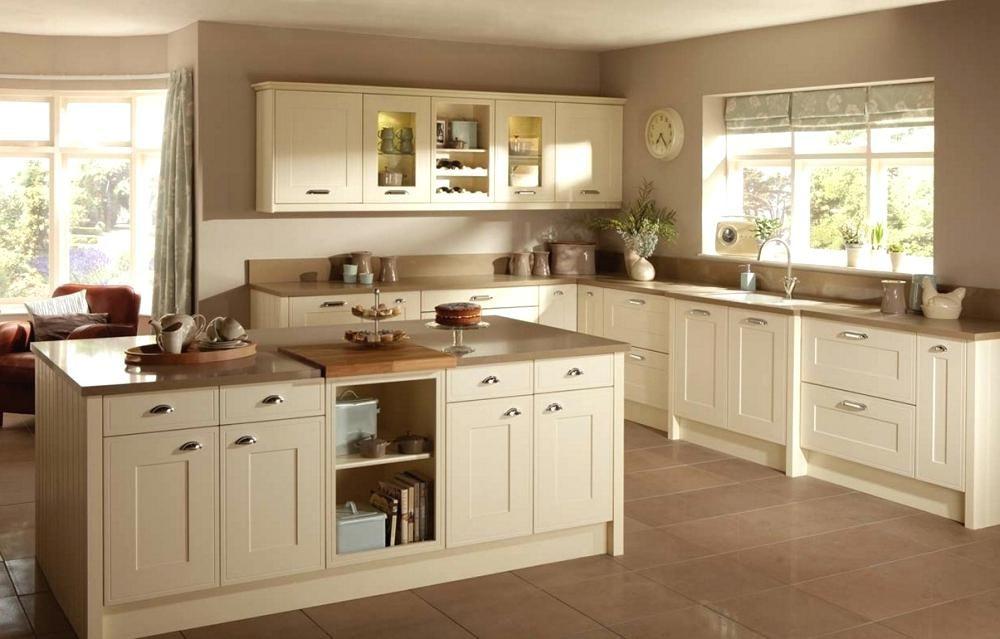 Off White Shaker Kitchen Cabinets Great Cream Shaker Kitchen