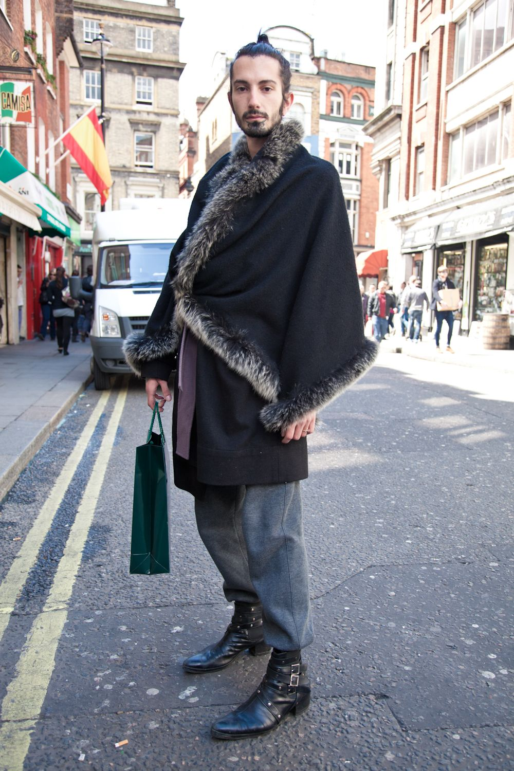 London Street Style Oxford Soho Always Swooning Over A Man With His Hair Pulled Back
