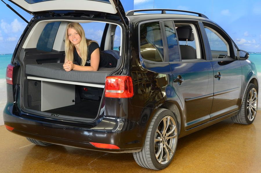 vw touran mit vanessa campingausbau bulli camping. Black Bedroom Furniture Sets. Home Design Ideas
