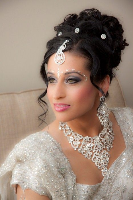 Best Indian Wedding Hairstyles In This Article We Will Be Highlighting Some Of The Most Famous Bridal For Women