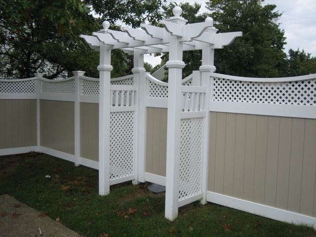 White Vinyl Fences With A Gate White Vinyl Fence White