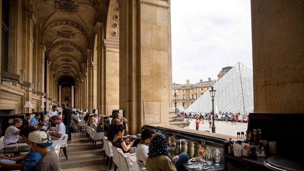 Every restaurant, cafe, coffee shop, and kiosk in Paris's greatest museum — ranked