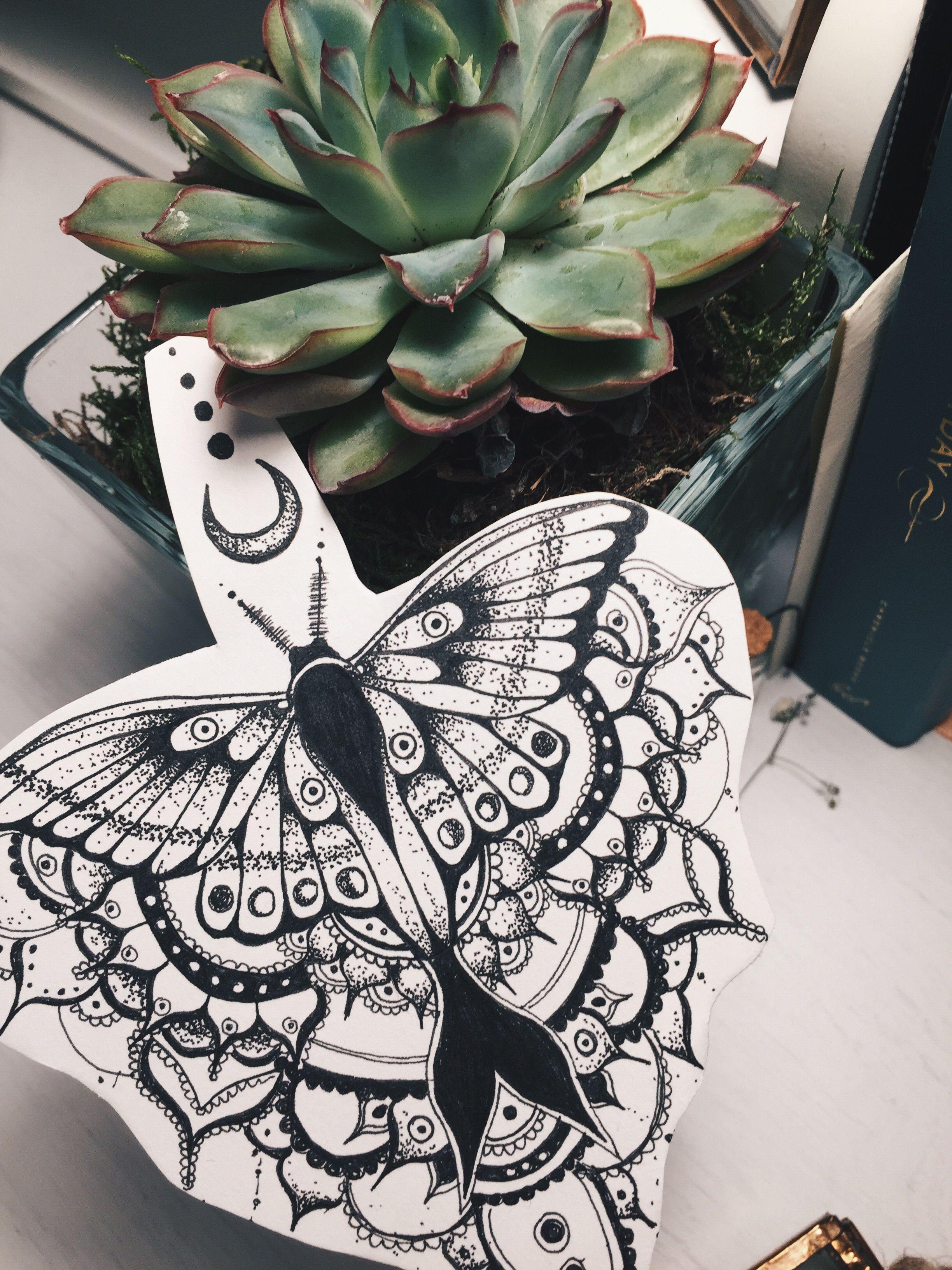 8e93a3328 luna moth tattoo design mandala henna moon dotwork | Future artwork ...