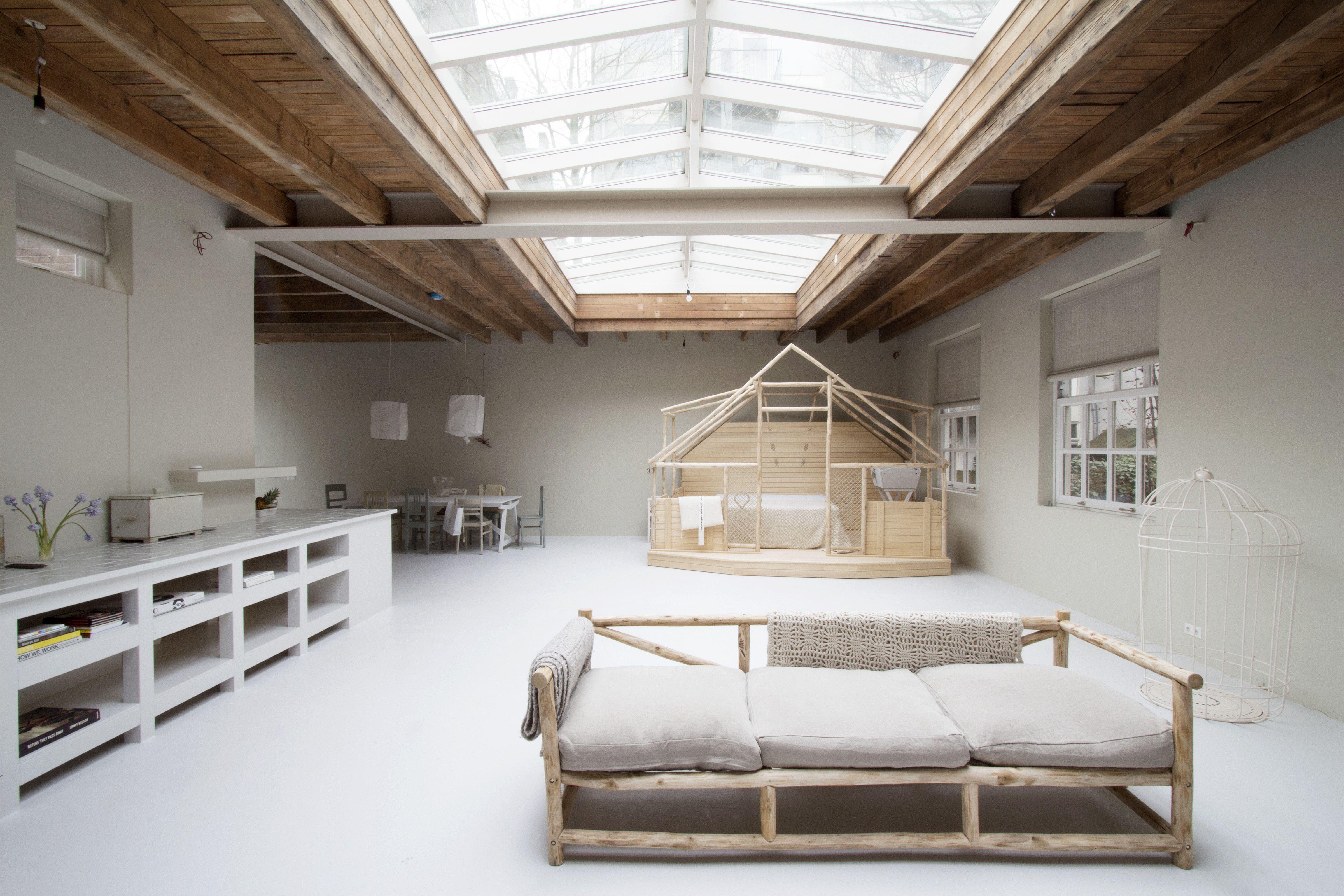 Woonkamer Met Beton : Bijzonder appartement sfeerbeton the art of living nl