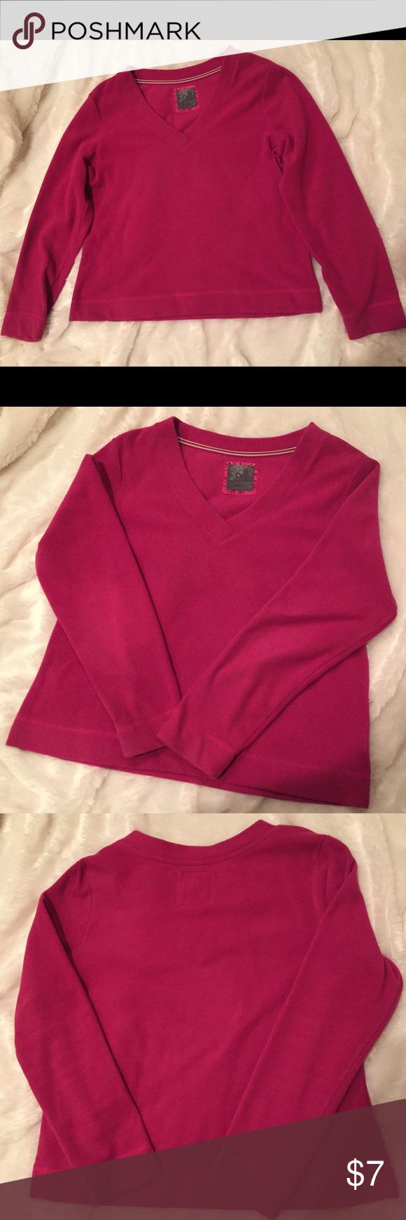 Old Navy Fleece Pullover Top Beautiful pink v-neck fleece sweater ...