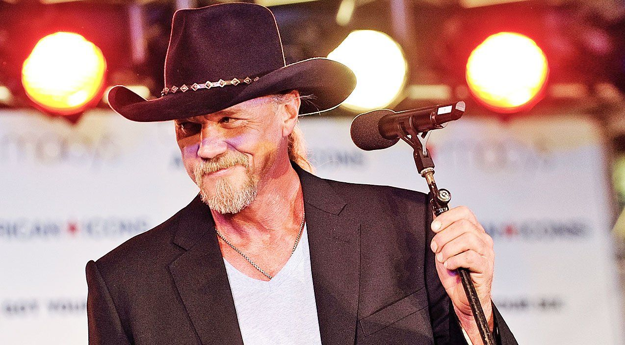 Brace yourself for trace adkins steamy new love song im gone solutioingenieria Choice Image