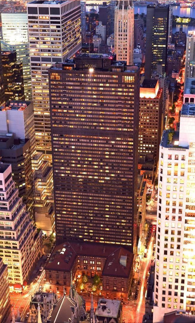 Pin By Latoya Jackson On Dream Destinations New York Hotels Nyc Tourism Long Island City Ny