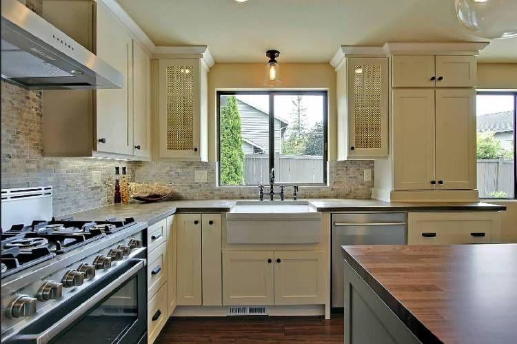 Kitchen Cabinets Under Windows Large Kitchen Interior Interior Design Kitchen Kitchen Cabinets
