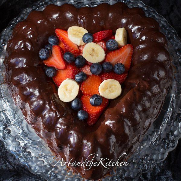ArtandtheKitchen: Chocolate Ganache Valentine Cake