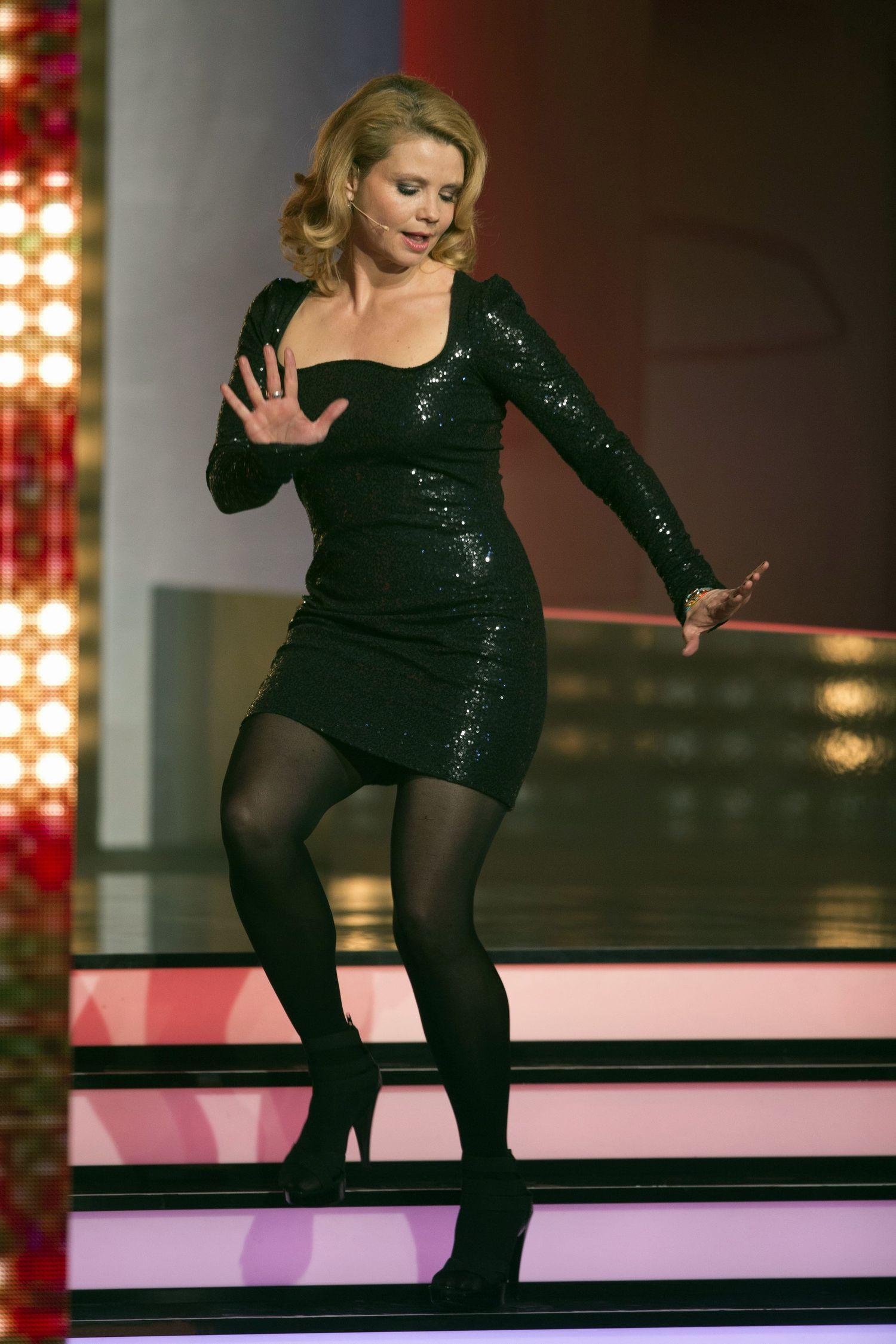 Annette Frier in pantyhose - http://stockings-celebs