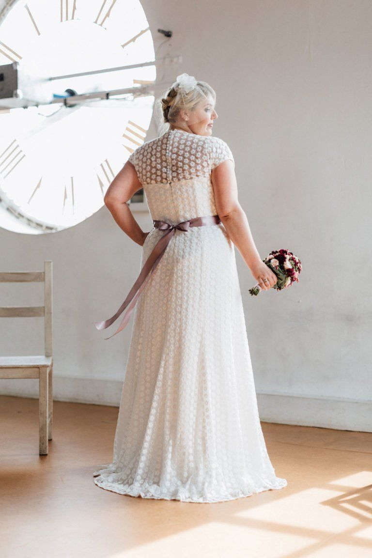 Brautkleider Größe 14 14 14 Uma  Plus size bräute, Brautmode