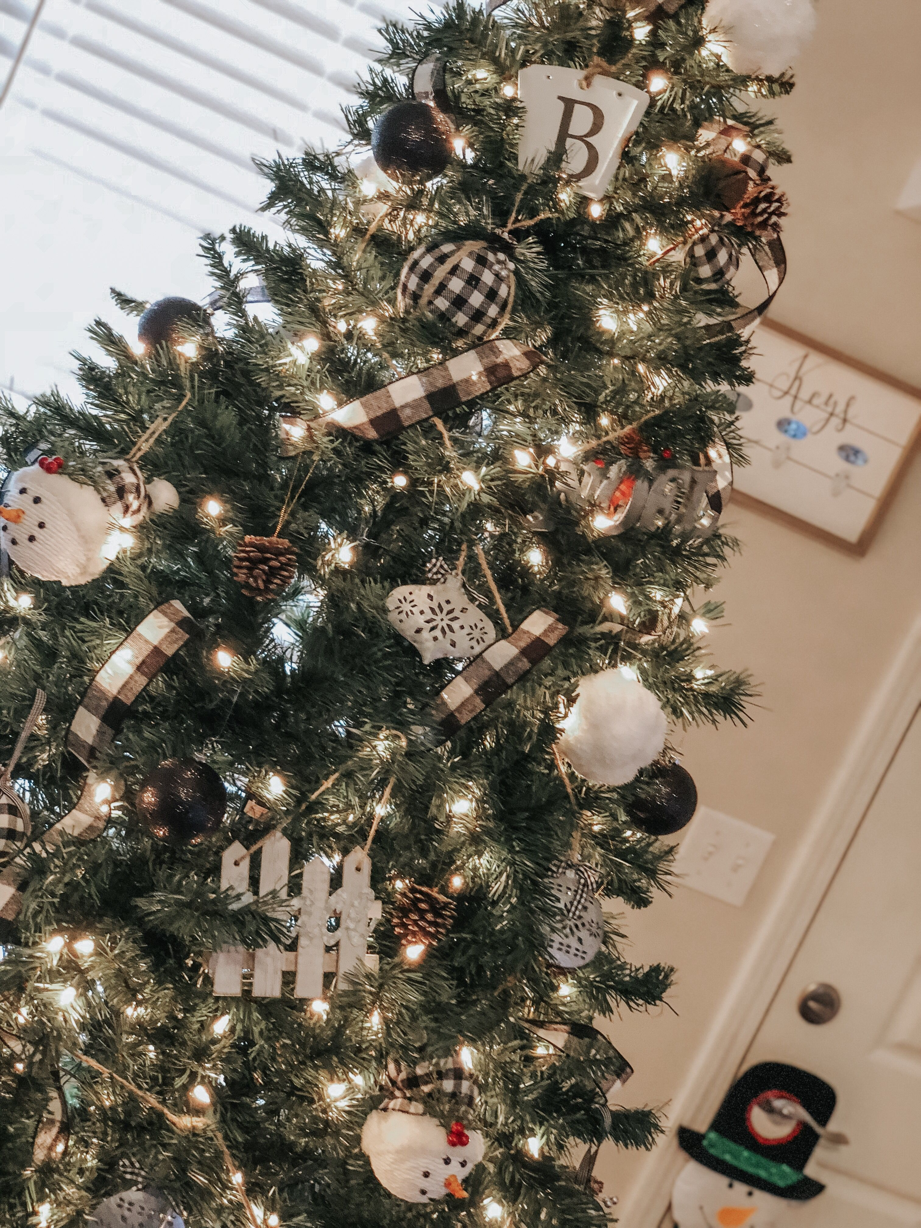 Black White Plaid Christmas Tree Farmhouse Christmas Tree Farmhouse Christmas Plaid Christmas Tree