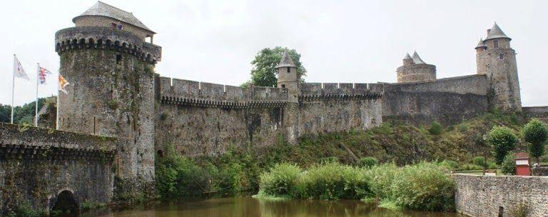 Eco-Gites of Lenault: A trip to Fougères