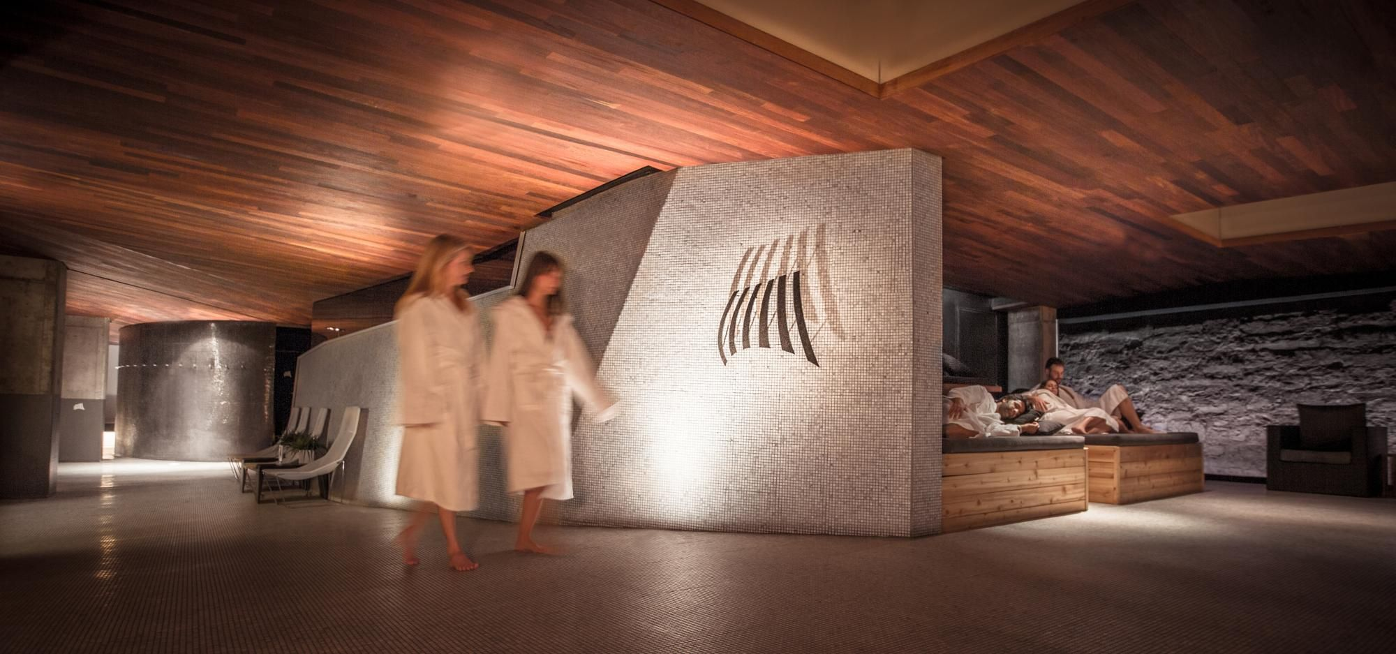Scandinave Spa Vieux Montreal Offers A Traditional Scandinavian Baths Experience In A Peaceful Environment In The Heart Of Scandinavian Baths Old Montreal Spa