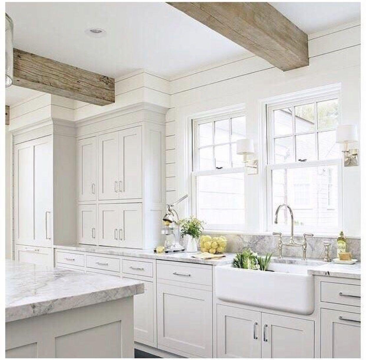 White cream grey Gray and white kitchen, White kitchen