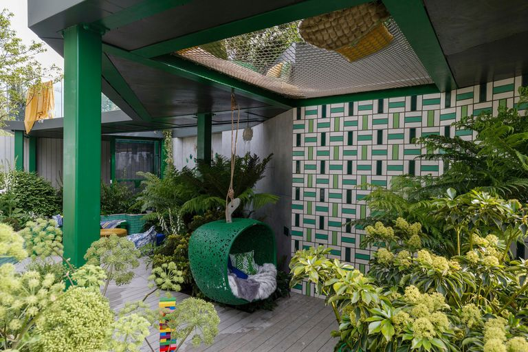 What happens to the Chelsea Flower Show gardens once the