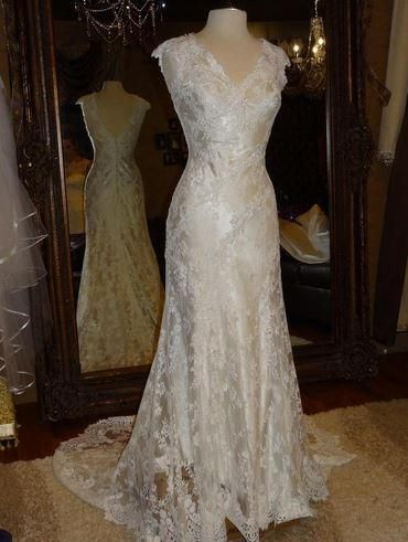 Allure Bridals P952 12 Find It For Sale On Preownedweddingdresses
