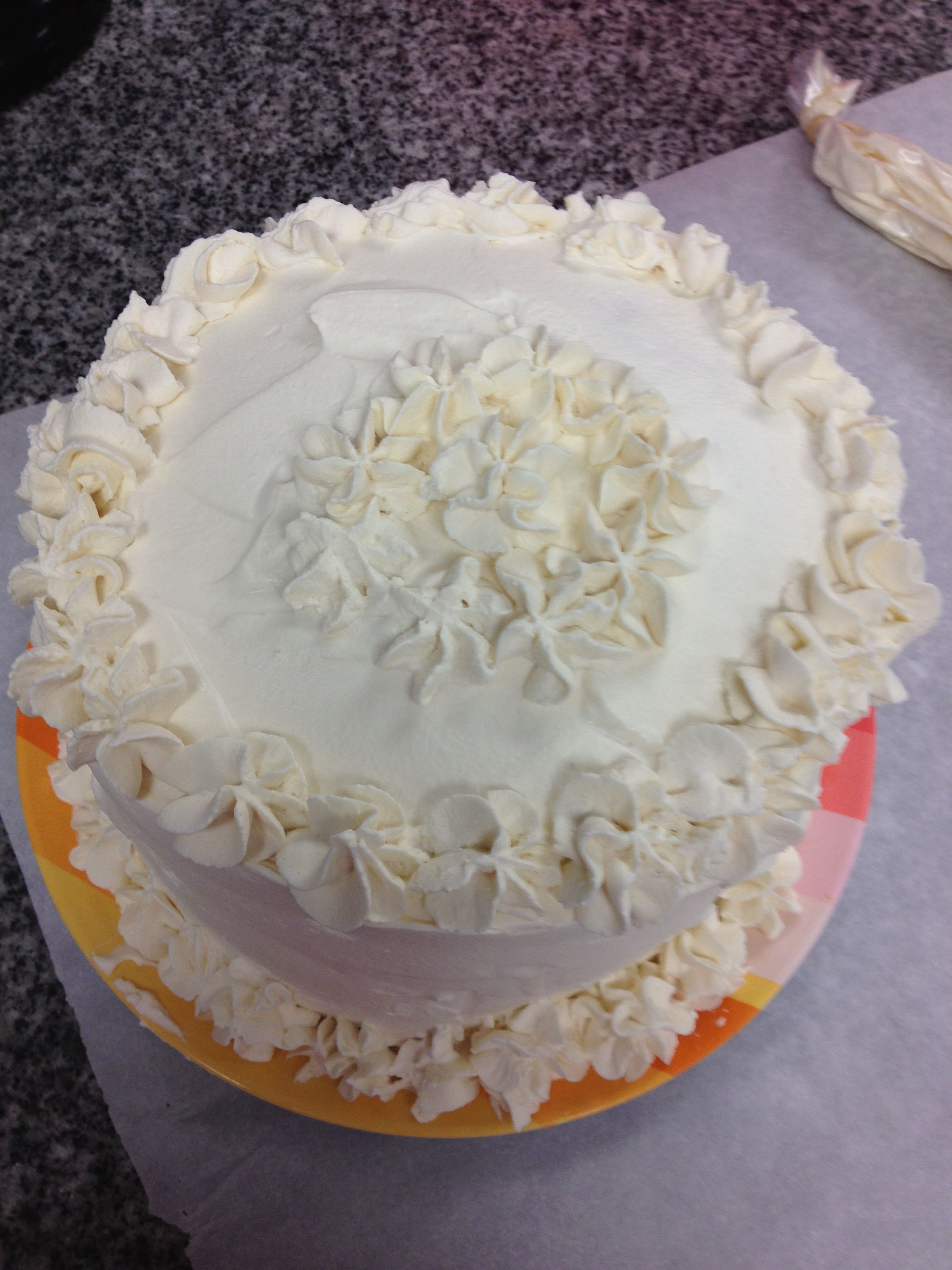 Pin by Bonnie Kulwin on Cake Decorating -Students | Pinterest