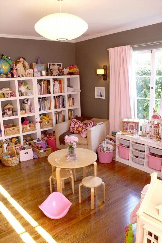 More Hidden Gems: Best Kids' Rooms from Our Home Tours — Best of 2012 | Apartment Therapy