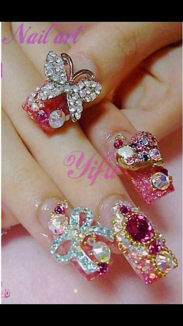 Bling nail art design | Everything Nails | Pinterest | Bling nail ...