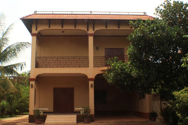 4 Bedrooms House For Rent In Siem Reap Cambodia 1300 Per Month Id Hfr 147 House House Styles 4 Bedroom House