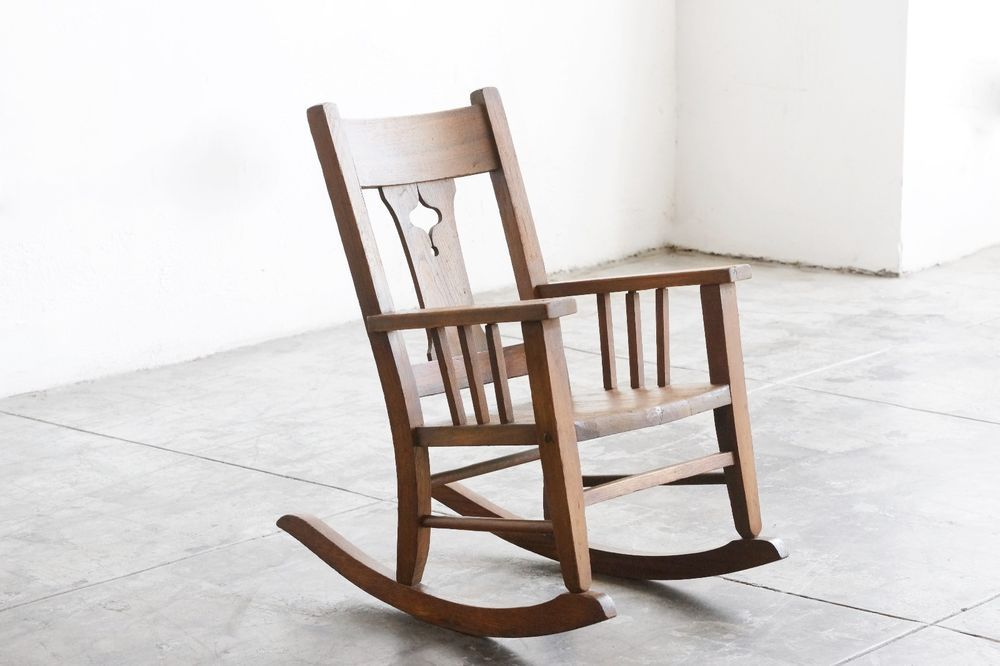 Phenomenal American Craftsman Antique Childs Rocking Chair Solid Wood Beatyapartments Chair Design Images Beatyapartmentscom
