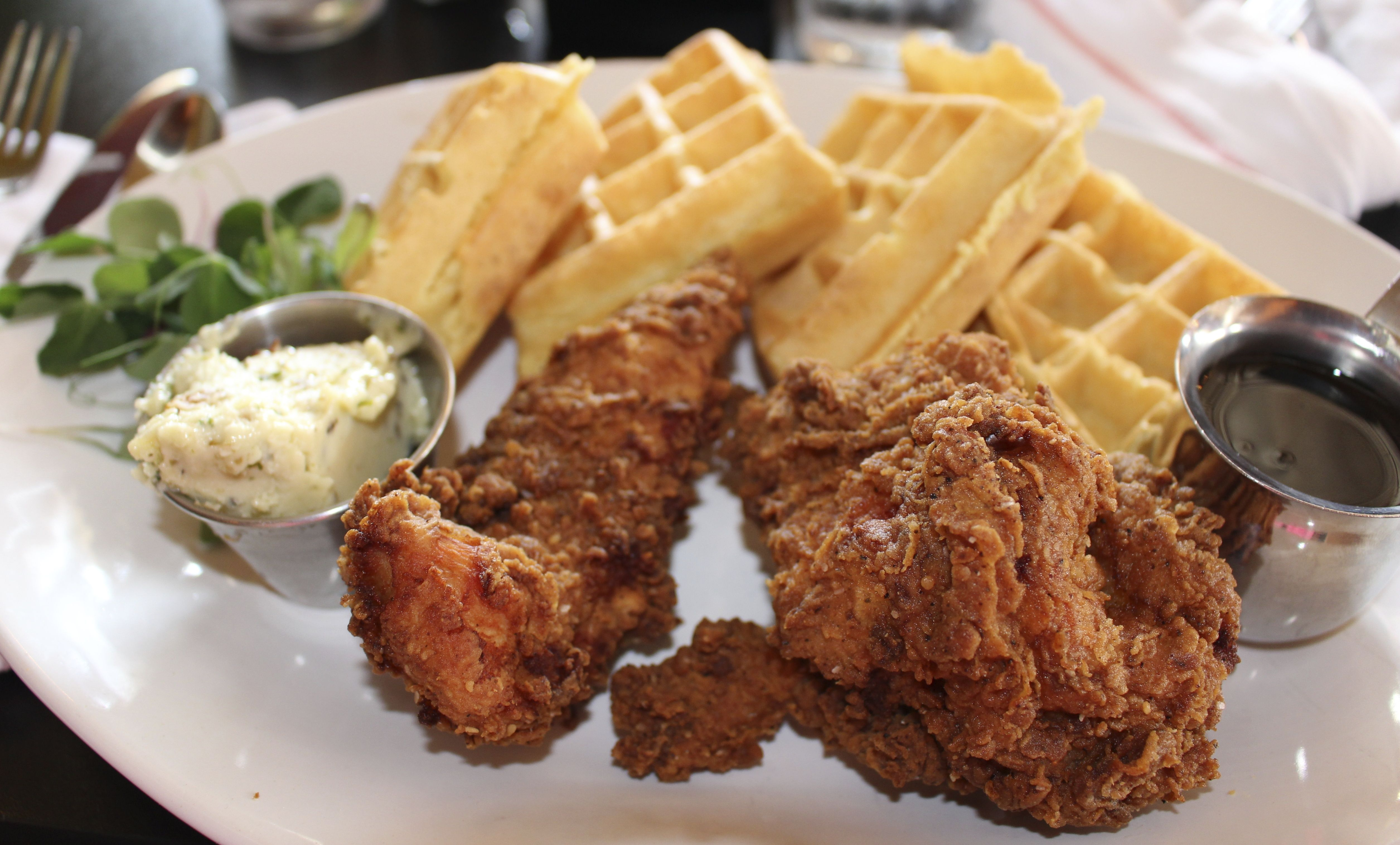 Best Chicken And Waffles In Kansas City Are From The Corner Restaurant In Westport Food Chicken And Waffles Eat