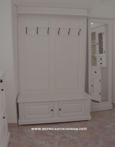 landhaus massivholz garderobe weiss vintage kolonial sitzbank wandgarderobe neu 559 entry. Black Bedroom Furniture Sets. Home Design Ideas