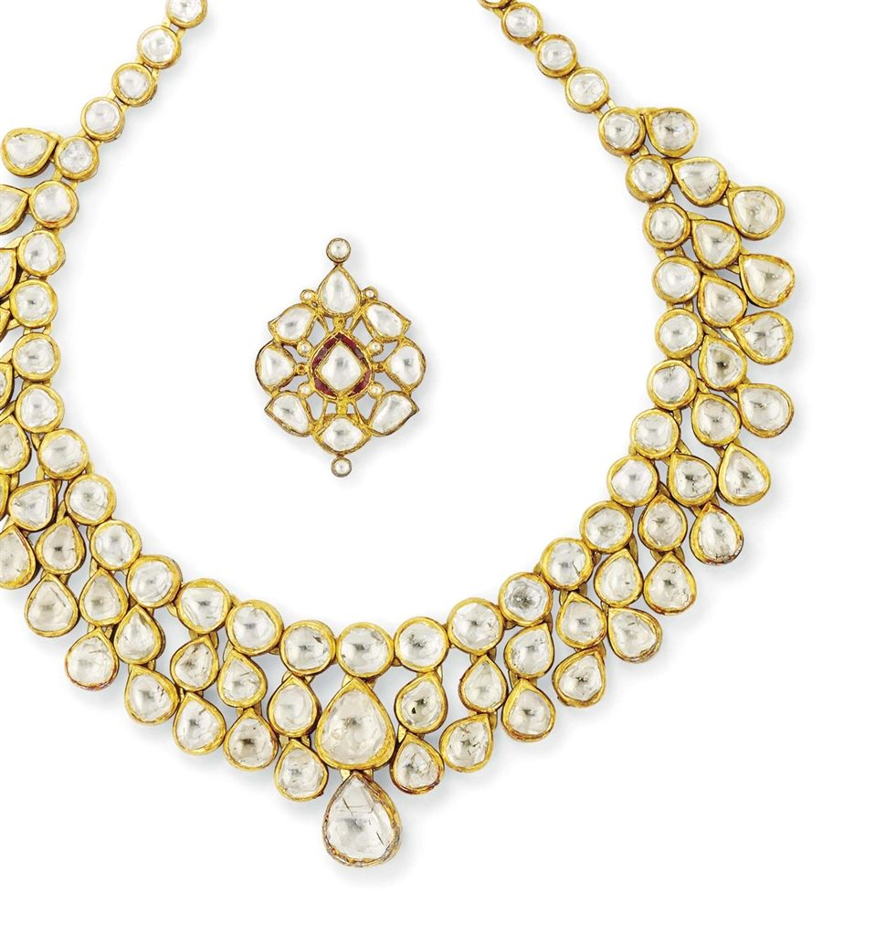 An indian diamond and enamel necklace and pendant the necklace