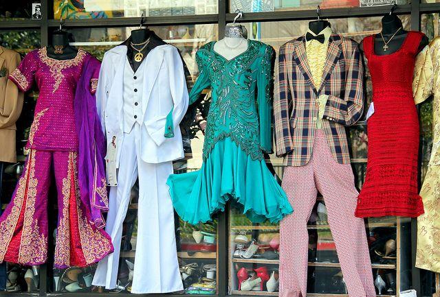 A Fashion Chorus Line Fashion Vintage Clothing Stores Vintage Outfits