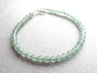 Green Aventurine bracelet/gemstone by PepperandPomme on Etsy, $20.00