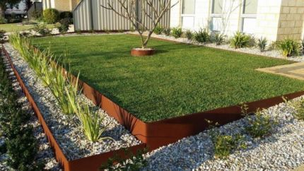Formboss Metal Garden Edging Corten Zam Galvanised