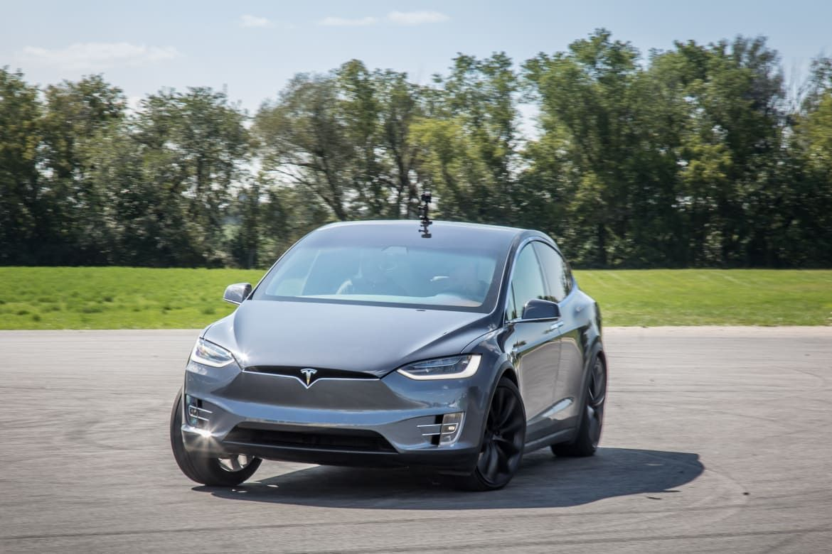 The Model X Does Things Other Suvs And Electric Cars Don T But That S Not Always A Positive Tesla Model X Best Luxury Sports Car Tesla Model