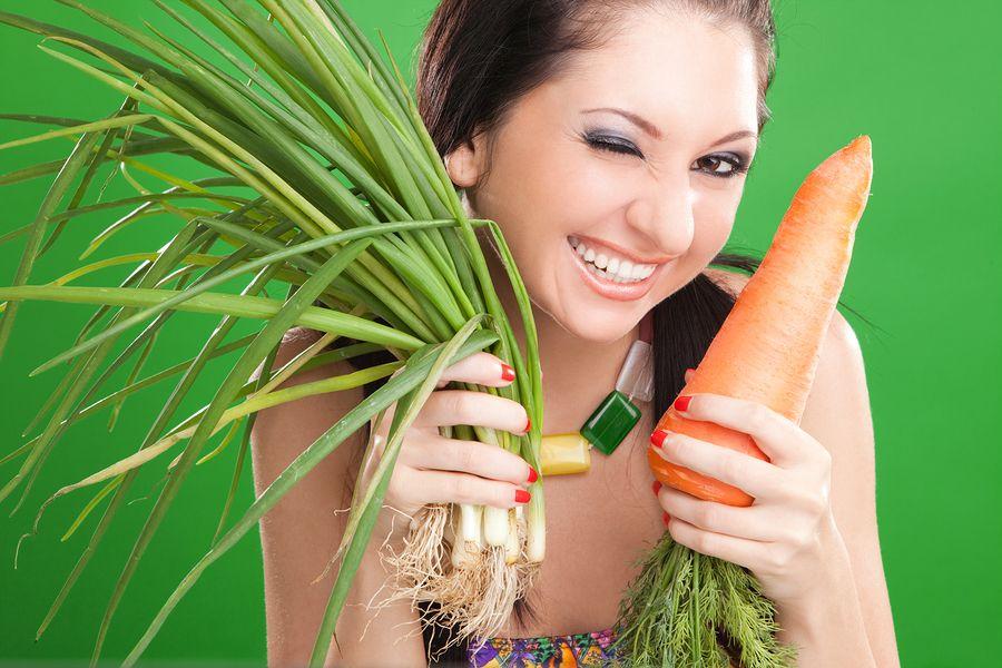 виде длинноволосая девушка играется с морковкой знаешь, когда