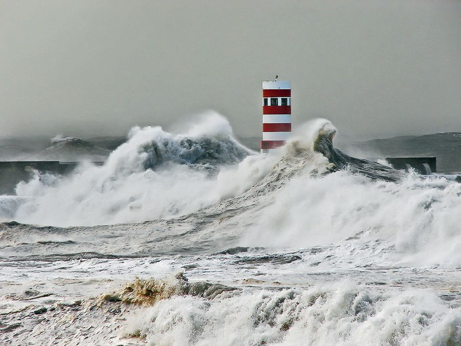 The #lighthouse Storm by António Marciano, via 500px thirtyfive.