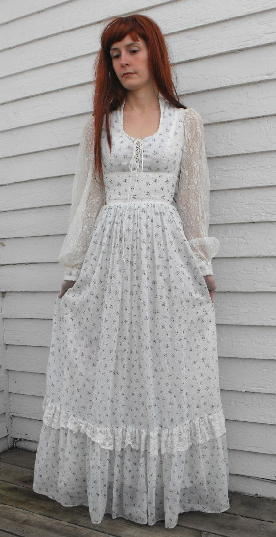bbfec40fd4 Vintage 70s Gunne Sax Dress Floral Corset Prairie by soulrust  I use to own  this dress! So neat to see it online