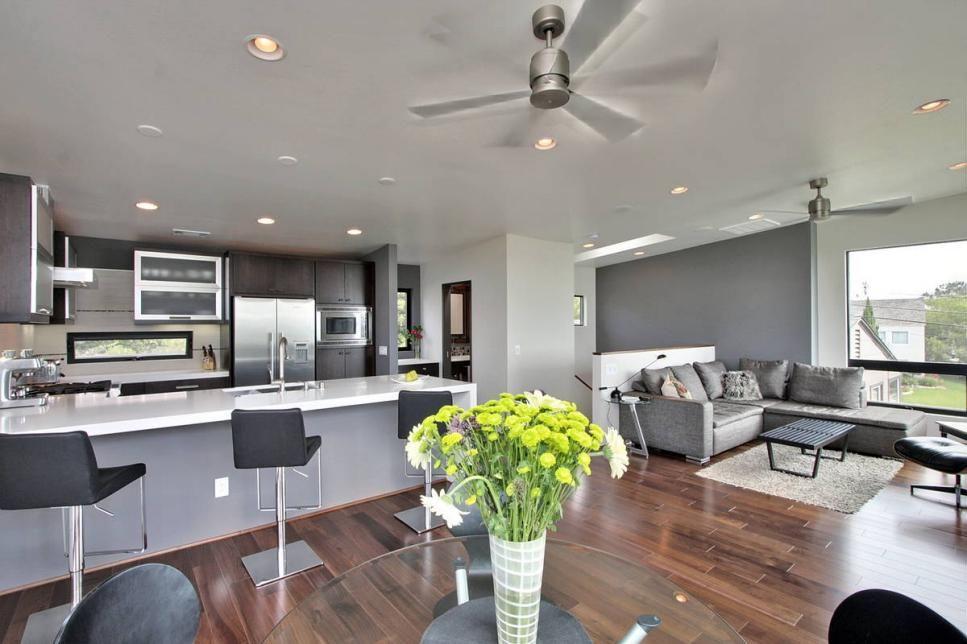 Modern Beach Home Has Wraparound Windows Living Room And Kitchen Design Contemporary Open Plan Kitchens Open Plan Kitchen