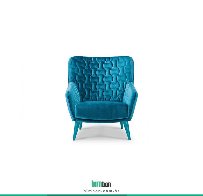 poltrona Coral | Wood & Stock  insira no seu orçamento e confira onde comprar o produto.  http://www.bimbon.com.br/produto/wood_stok_poltrona_coral_fixa_-_estofados_jardim_roxette