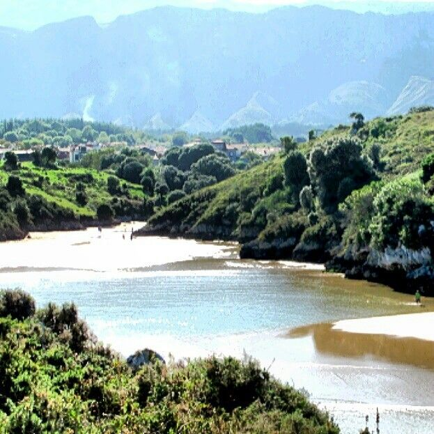 Playa de Poo (Asturias)